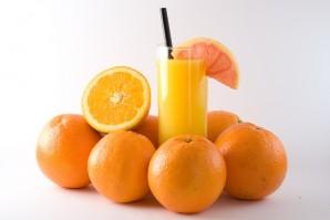 Soğuk Algınlığını Önlemenin Yolu; Portakal Suyu İçmek mi ?
