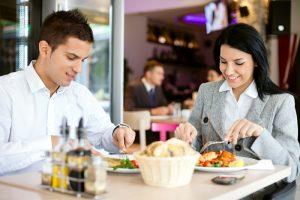 İşyerinde Performansınızı Artırmak İçin Öğlen Ne Yemelisiniz?