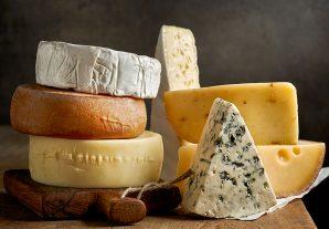 Diyet Yaparken Hangi Peyniri Tercih Edelim?